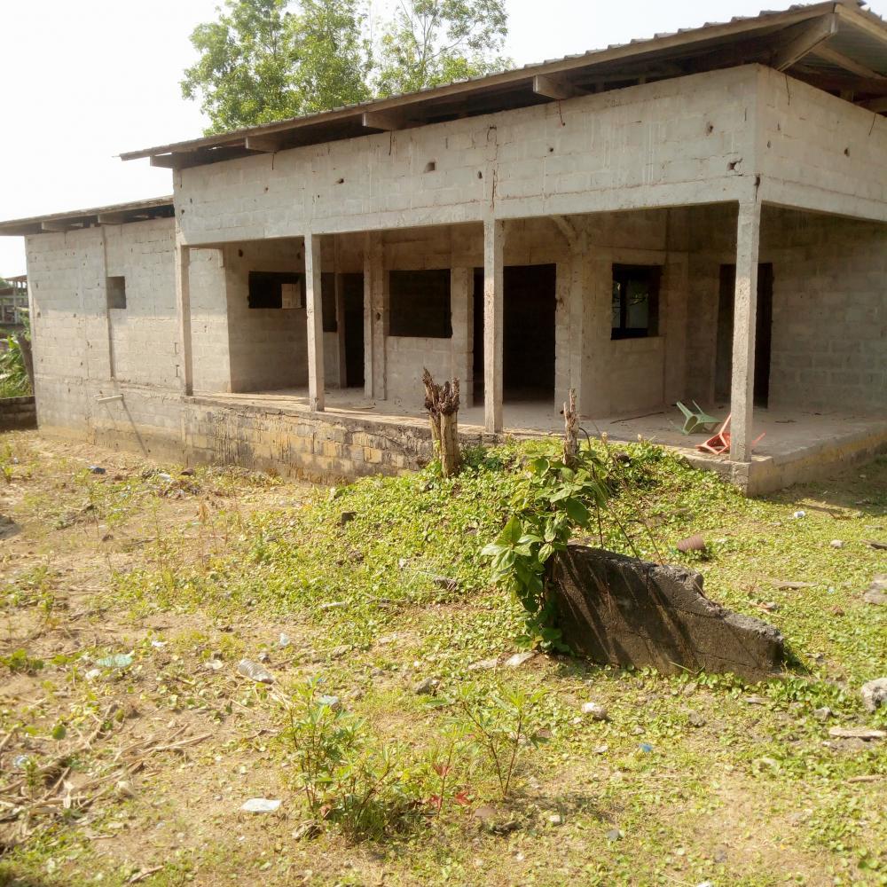 Maison 3 Chambres à Vendre à Libreville, AlibandengPhoto